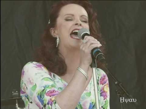 Almost over you - Sheena Easton  (live) #3 @...
