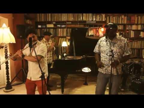 Caracas Sessions  - Mano en el Moño