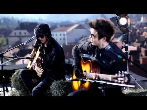 The Marker: Love you like a love song (Selena Gomez Live Acoustic Cover in Brasov)