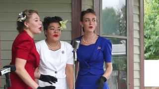 Everley Sisters - Hold Tight Want Some Seafood Mama