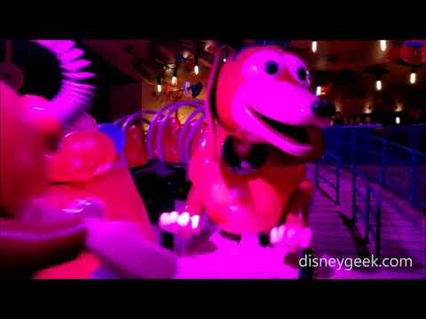 Shanghai Disneyland: Toy Story Land - Slinky Dog Spin