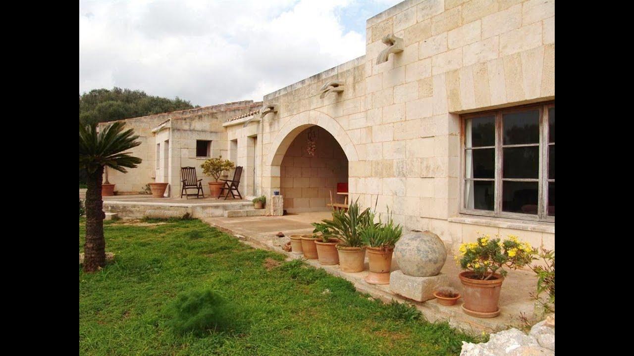 Menorca encantadora casa de campo construida en piedra en sant llu s youtube - Fotos de casas de piedra ...
