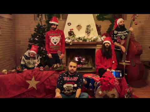 Fast animals and slow kids - Santa Claus is coming to town