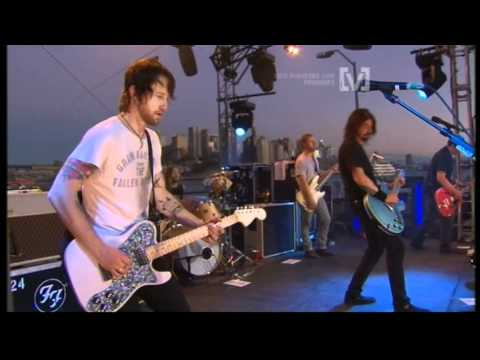 Foo Fighters - Skin & Bones (live)
