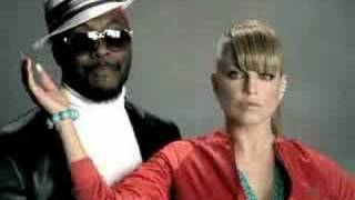 My Humps - Black Eyed Peas [Official Video] Thumbnail