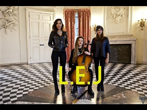 "L.E.J - CAN'T HOLD US - Macklemore Cover - Acoustic Session - ""Bruxelles Ma Belle"" 1/2"