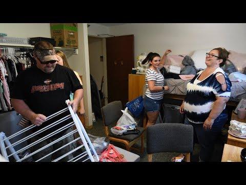 UIS Freshmen Move-In Day 2018