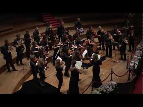 Amsterdam Sinfonietta plays Soldier of Orange