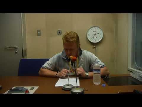 Podczas nagrywania jingla radiowego dla STVRadio Sapporo