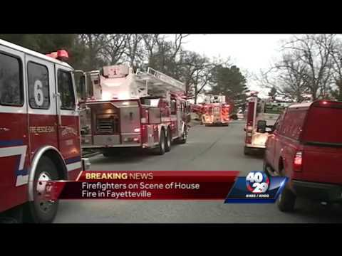 Breaking News: 2 escape house fire in Fayetteville