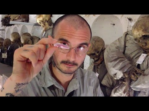 Mark Benecke & Team 🧟♀️ Mumien in Palermo / Mummies in Palermo Catacombs