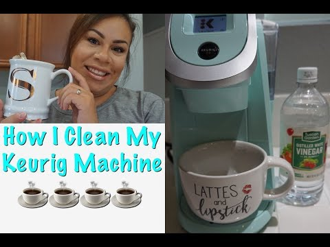 HOW I DEEP CLEAN MY KEURIG | CLEANING MY COFFEE MACHINE | MOTIVATIONAL CLEANING