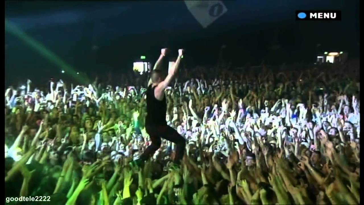 How to Crowd Surf foto