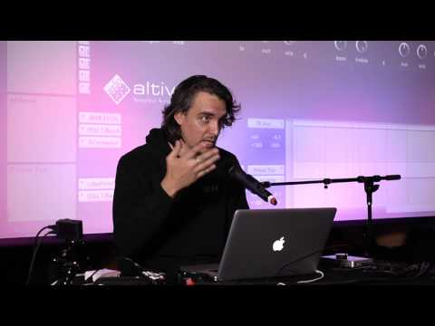 Stuart White on Psychedelic Mixing & Layering Effects [MixCo