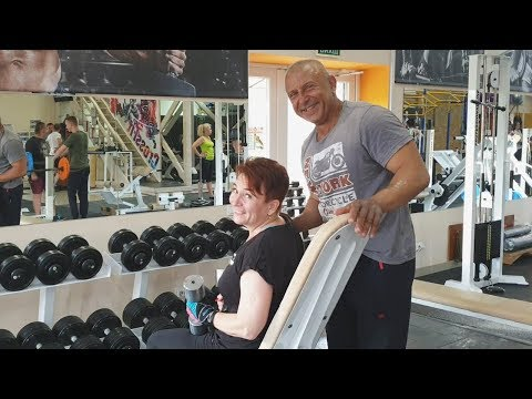 Света, 56 лет. Тренировка в тренажерном зале. Программа тренировок для женщин