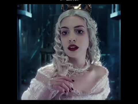 Download The white queen in alice in wonderland is simply beautiful