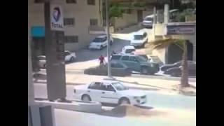 عائلة عربية تلقى مصير مفاجئ بعد انحراف سيارة عليهم