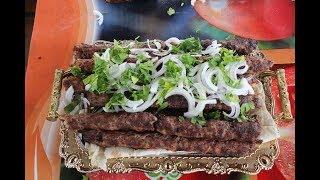 Люля-кебаб из баранины и индейки.