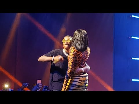 Wizkid & Tiwa Savage Brings Fever To The Stage At The 'Wizkid Vip Experience'