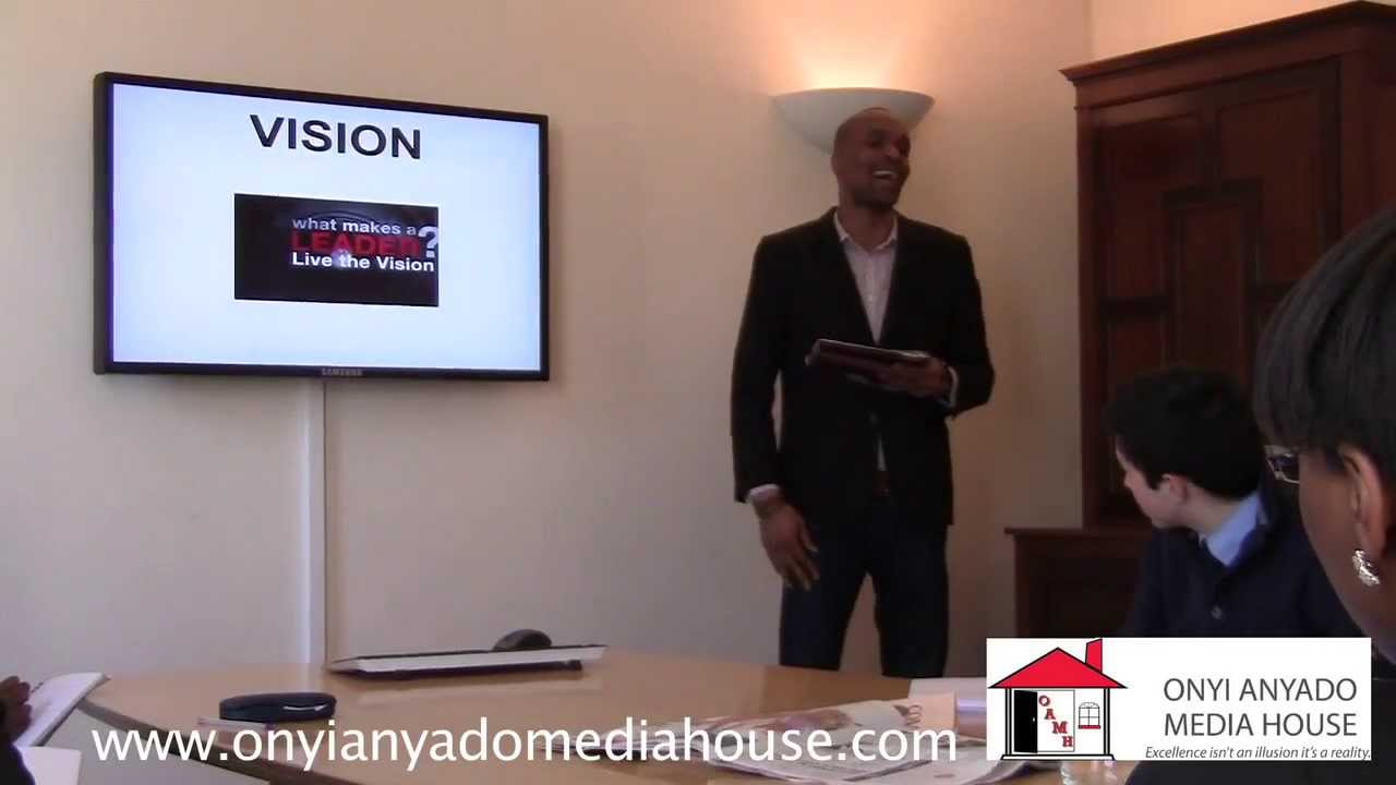 Onyi Anyado speaking on vision during his keynote titled How to become a leader of distinction™