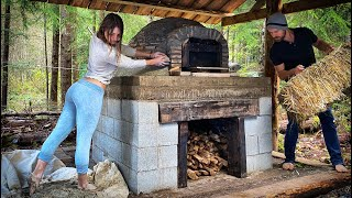 OFF GRID LIVING // WOOD FIRED PIZZA OVEN Day 8   1st FIRE to CURE BRICK   Cob Clay w/ Feet - Ep. 110