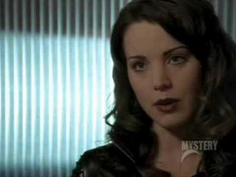 Erica Durance in