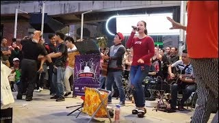 vuclip anak kampung-Nurul feat Redeem buskers,menari ramai dengan orang sabah