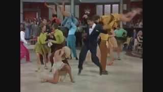 Everybody's polka dancing