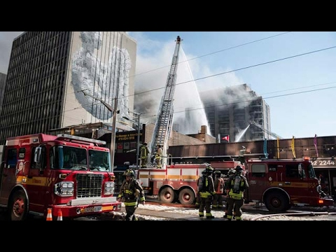 Major fire in Toronto contained