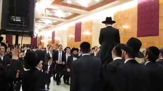 Еврейская свадьба у харедим