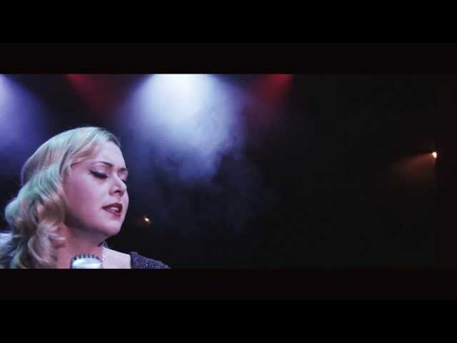 Viktoria Tocca - Smoke and Mirrors (official music video)