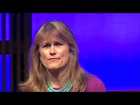Жаклин Новограц о бегстве от бедности