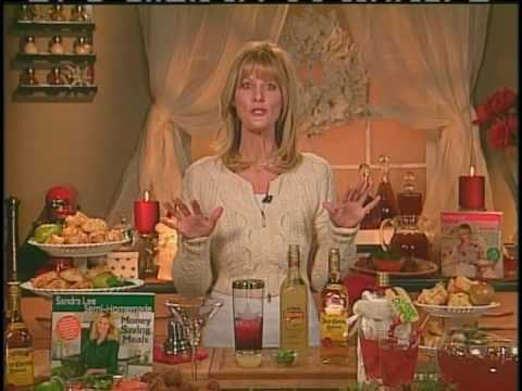 Sandra Lee Provides Tips For Planning Your Ultimate Holiday Party