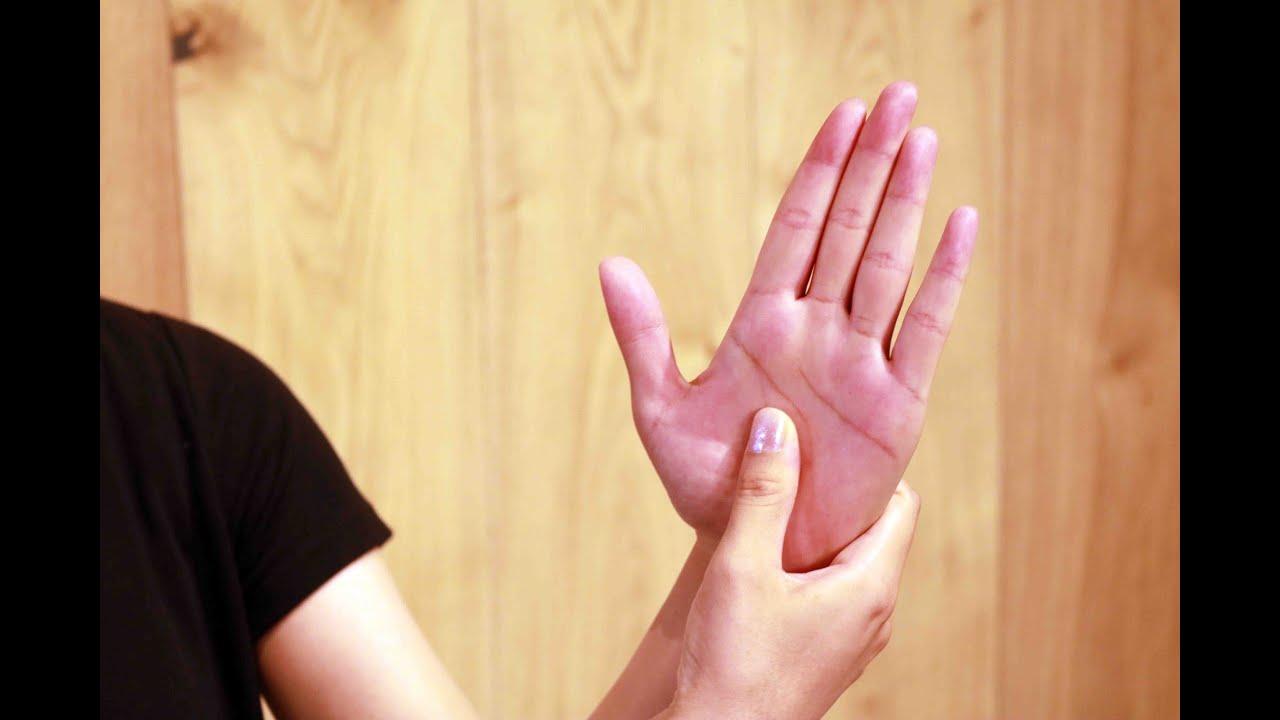 手のひら 皮 むける 原因