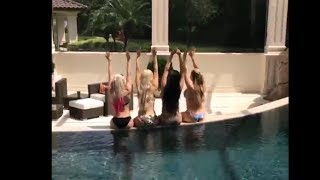 Alexa Bliss Nikki Bella Lana Natalya / Booty shake Total Divas…