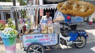 Xe Ba gác máy bán bánh mì kẹp kem dừa huyền thoại một thời