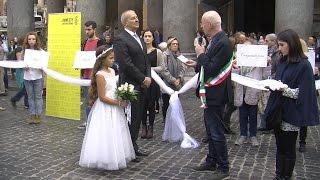 """Al Pantheon celebrato matrimonio forzato per dire """"Mai più spose bambine"""""""