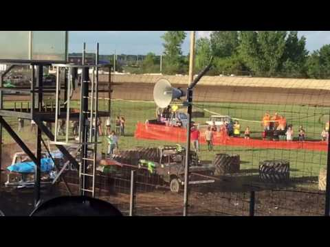 demo derby and fireworks(july 22,2017)dodge county fair