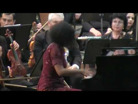 Saint-Saens Piano Concerto 2 Rebeca Omordia & Oltenia Phil/Theo Wolters