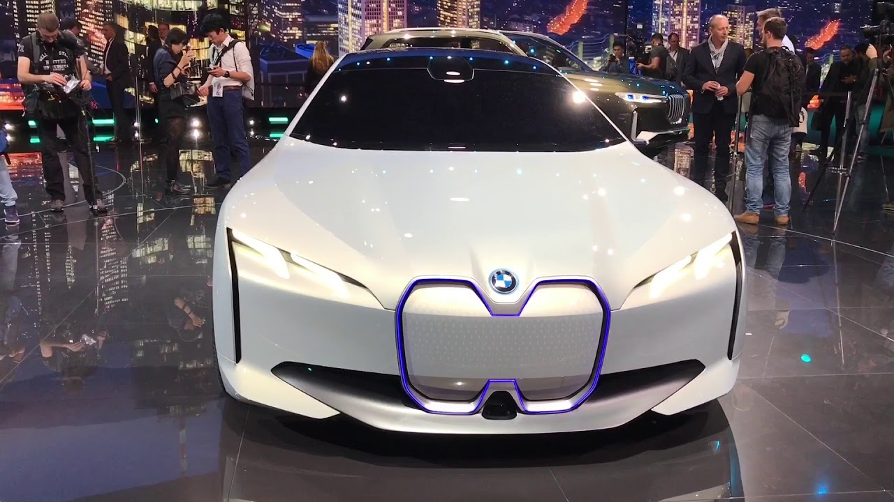 meet the bmw of 2021 up to 435 miles electric range