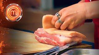Как готовить сало: необычное использование свиной кожи – МастерШеф 11 сезон