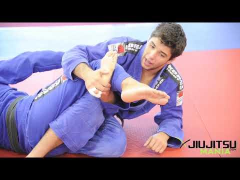 Jiu Jitsu / BJJ Technique: Top Half Guard: Leg Attacks