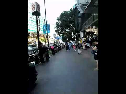 Jalan jalan ke shanghai, china