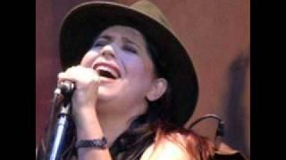 Tamara Castro - La Flor Amarilla - ZAMBA -.wmv