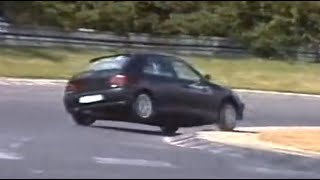 Nordschleife Touristenfahrten Renault 5 Highspeed spin, almost bike crash 04.09.-17.09.1995