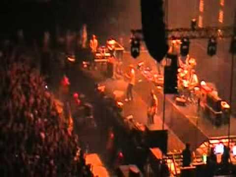 subsonica-depre-sul sole-live bologna futurshowstation 2011.avi