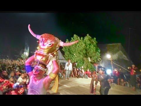 Banteng Suro Ganas---Nyruduk TaK Terkendali--SERU !!!--New Satiyo Mudo Live Wonotengah Purwoasri
