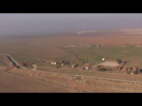 На севере Сирии удалось обезопасить стратегически важную трассу у границы с Турцией.