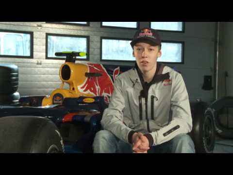F1 Crashes Red bull and Toro rosso