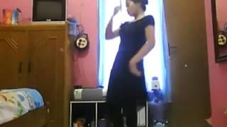indian girl dans